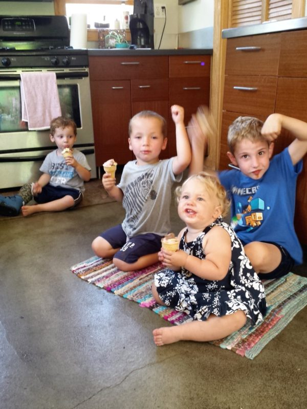 On Finding Your Mom Tribe | Duluth Moms Blog