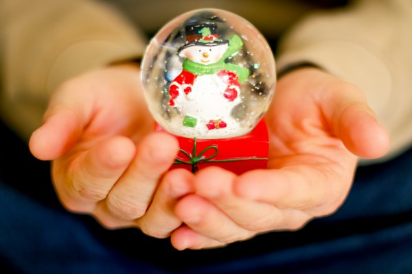 Christmas In Defense of Decking the Halls | Duluth Mom