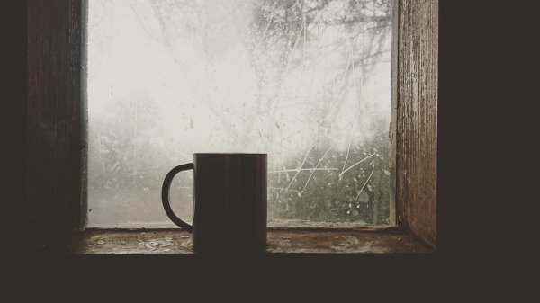 Ditching the Dark Side: How to Find Joy on Cold Winter Days | Duluth Moms Blog