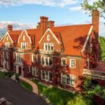 A Visit to the Glensheen Mansion {Sponsored Post}