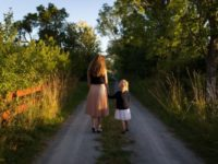 Preparing Your Firstborn for a New Baby | Duluth Moms Blog