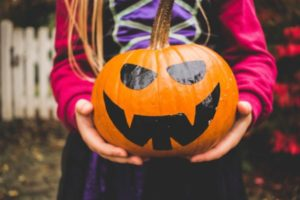 DIY Your Halloween Costumes | Duluth Moms Blog