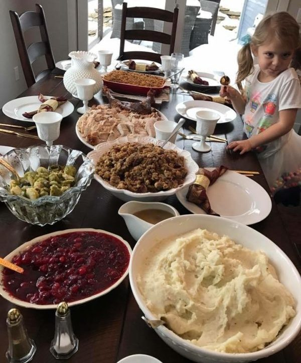 Do's and Don'ts for Hosting Your First Thanksgiving | Duluth Moms Blog