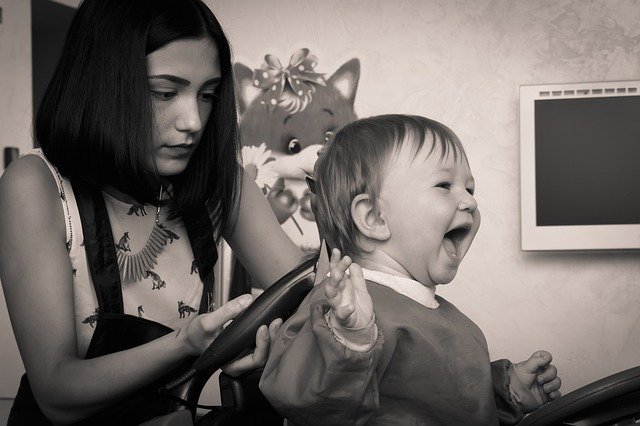 Baby's First Haircut: Tips From a Stylist | Duluth Moms Blog